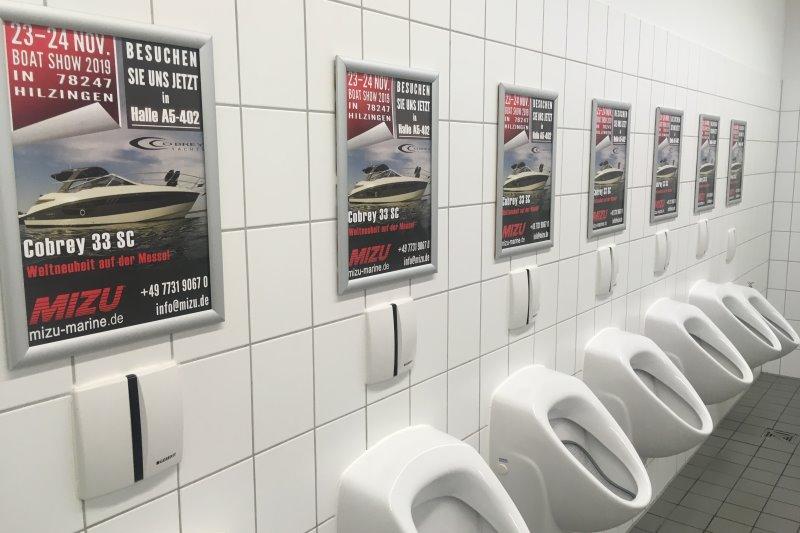 Reklame auf dem Klo